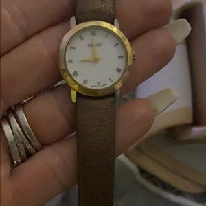Gucci watch working condition